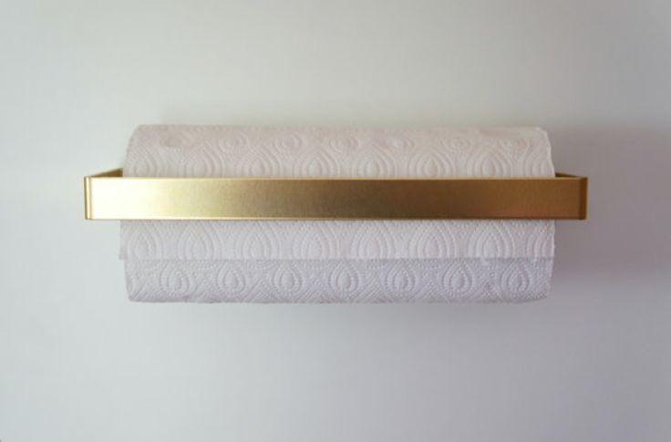 Brass Küchenrollenhalter (available for less on etsy)