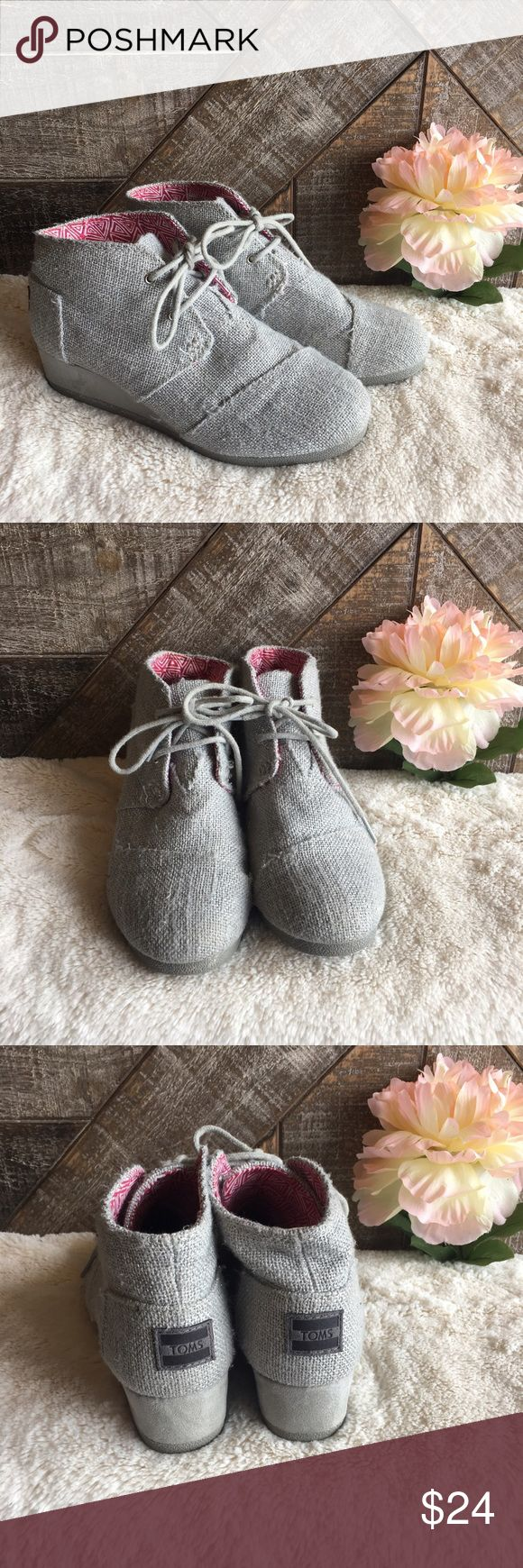 Kids Silver TOMS Desert Wedges Girls Sliver Gray TOMS Desert Wedge Booties in good used condition. Minor Wear on front of shoes, shown in photos. Size 4. No trades, reasonable offers through the offer button. TOMS Shoes Boots