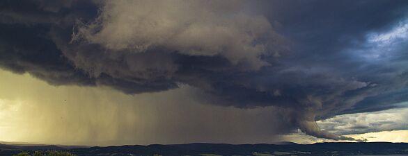 KLIMA UND EXTREMWETTER : Ist der Klimawandel schuld an Flut und Unwetter?