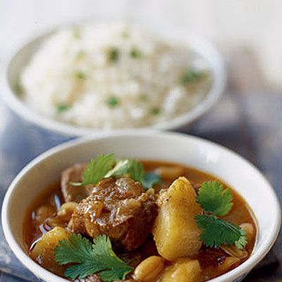 Thai Massman Curry with Lamb | It is kind of hard to find, but there are Massaman curry recipes without beef or chicken. The preperation of this version with lamb takes some time, but is very simple to prepare.