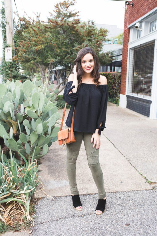 BP olive stretch cotton moto leggings, olive leggings BP nordstrom, off the shoulder black blouse epress, camel shoulder bag amazon, marc fisher vashi ankle strap sandal, yasmina chalhoub, dallas fashion blog