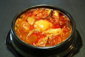 スンドゥブチゲ(純豆腐チゲ)