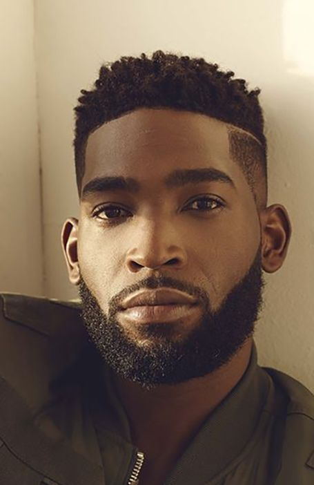 Rock your natural curls with confidence with some help from any of these afro hairstyles for men. be it a retro afro or a modern version or many others! Short Afro Hairstyles, Mens Hairstyles With Beard, American Hairstyles, Twist Hairstyles, Cool Hairstyles, Short Hair Hairstyle Men, Military Haircuts Men, Black Men Haircuts, Black Men Hairstyles