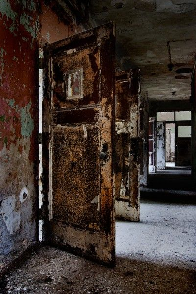 Rathen State Hospital Rusted Rooms Psychiatric Hospital