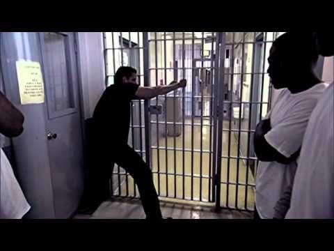David Blaine Bending Bars at Louisiana State Penitentiary at Angola 2006...