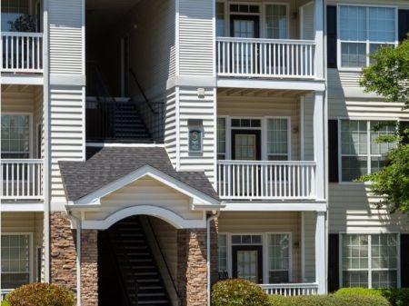 Kennesaw GA Apartment Rentals | Charlestowne