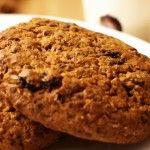 Овсяное печенье с черникой и орехами пекан