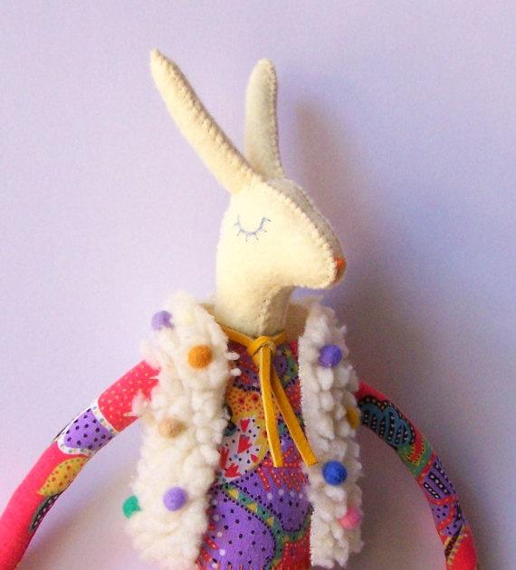 Paul felt rabbit par lizarendina sur Etsy, $40,00