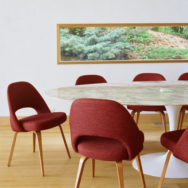 Best 25 Oval dining tables ideas on Pinterest White  : fb793d32895272ac5300e8f23c731b75 table saarinen oval dining tables from www.pinterest.com size 736 x 736 jpeg 76kB