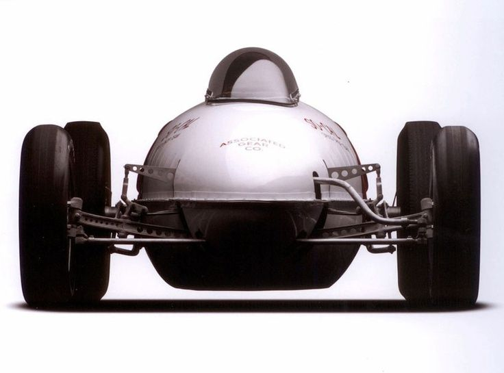 formula 1 car fuel tank capacity