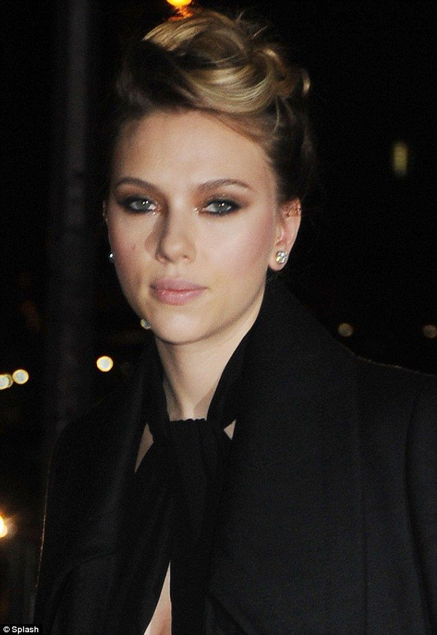 49. Scarlett Johansson nude (47 photo) Hacked, Facebook, braless
