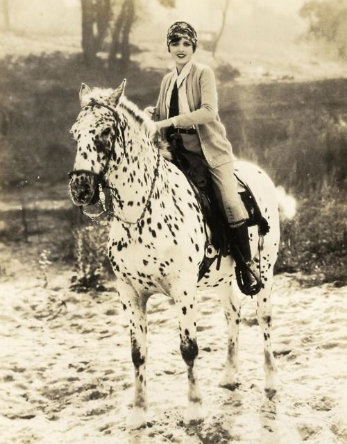 Mary Astor with her beautiful speckled horse, 1927.