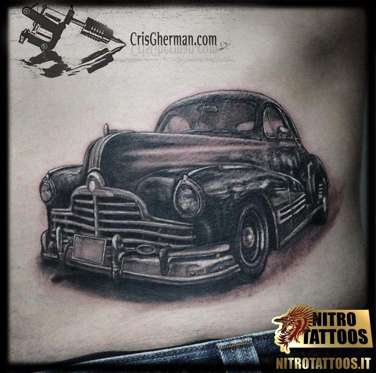 tatuaggi uomo auto