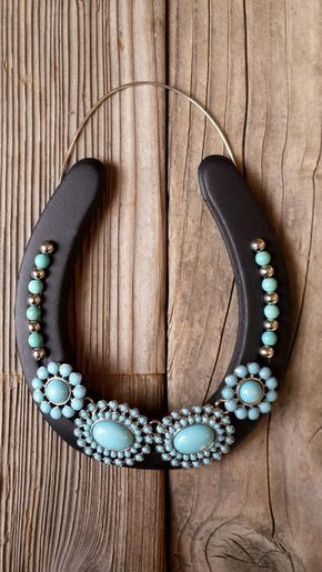 Best 25 horseshoe projects ideas on pinterest horseshoe for Where to buy horseshoes for crafts