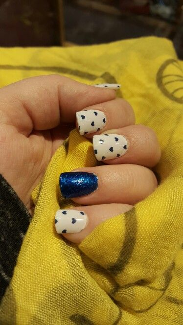 Jamberry; jamberry on acrylic nails; mixed manicure; puppy love; heart mani; short nails