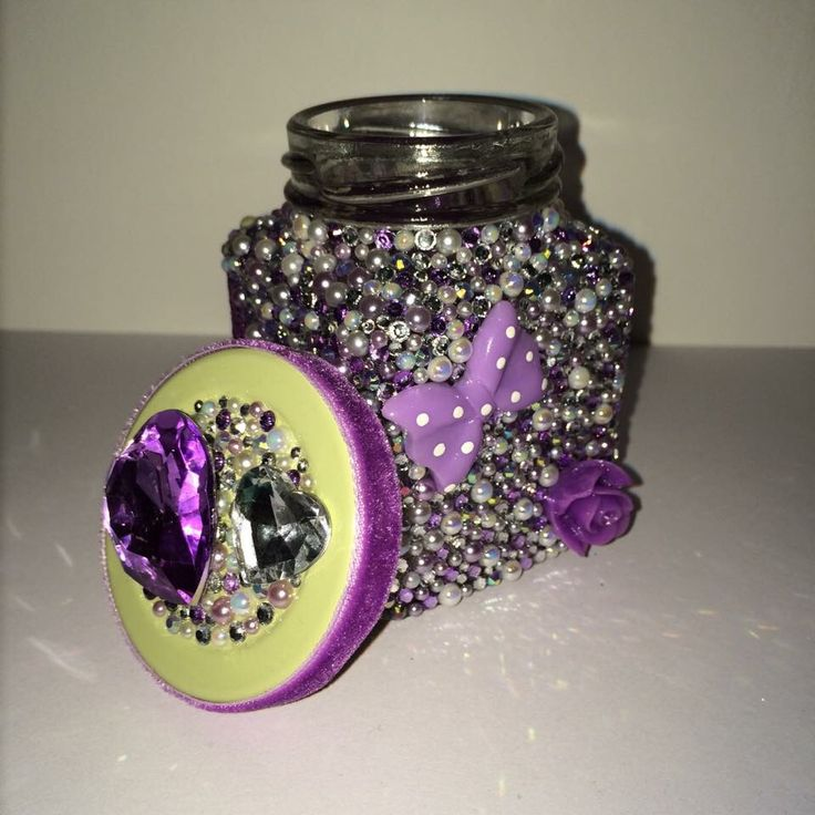 This was a labour of love and took hours. The back of the jar is covered in lilac glitter 😊 #hickoryjars