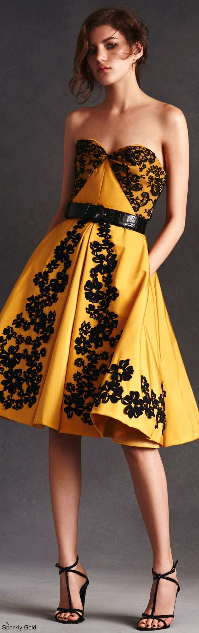 Oscar de la Renta Resort 2016. Yellow dress. women fashion outfit clothing style apparel @roressclothes closet ideas
