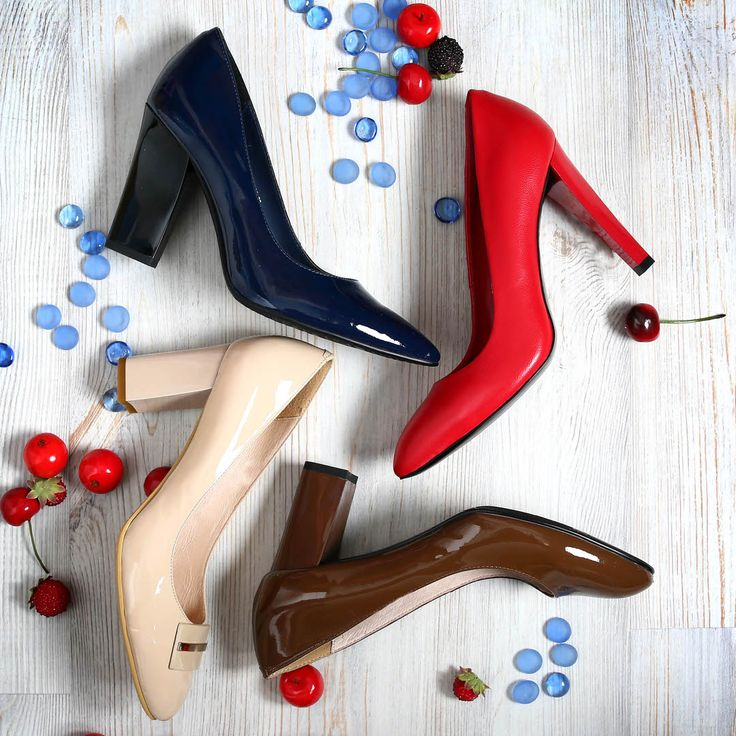 Всех с добрым утром🍫 и лёгкого начала рабочей недели☕️ Коричневые: V75-078554/8 Бежевые:V75-085874/8 Красные:S75-088177/8 Синие:S75-088177/8 #respectshoes #iloverespect#shoes #обувьреспект #обувь