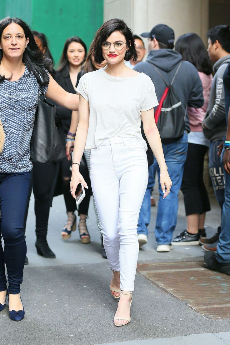 lucy-hale-casual-style-out-in-nyc-4-17-2017-3.jpg (1280×1920)