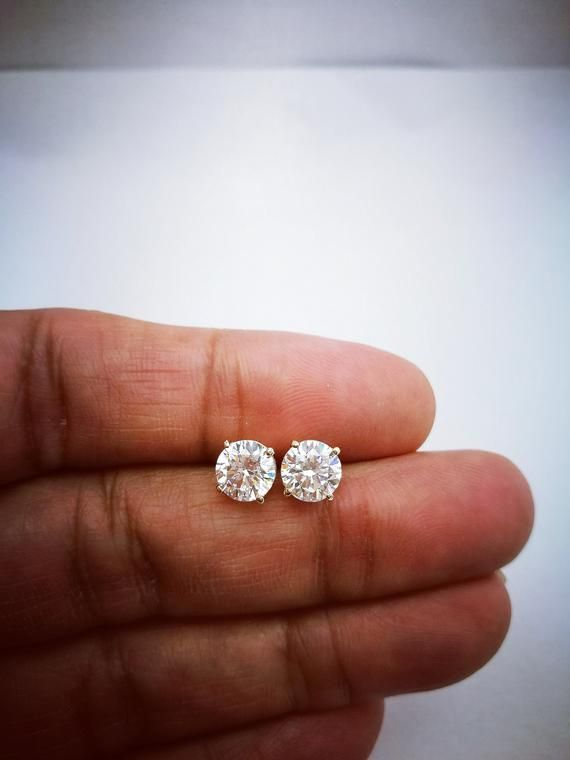 2 Ct Diamond Stud Earrings Womens Solitaire Diamond Earrings Etsy In 2020 Diamond Earrings Studs Classic Earrings Diamond Solitaire Earrings
