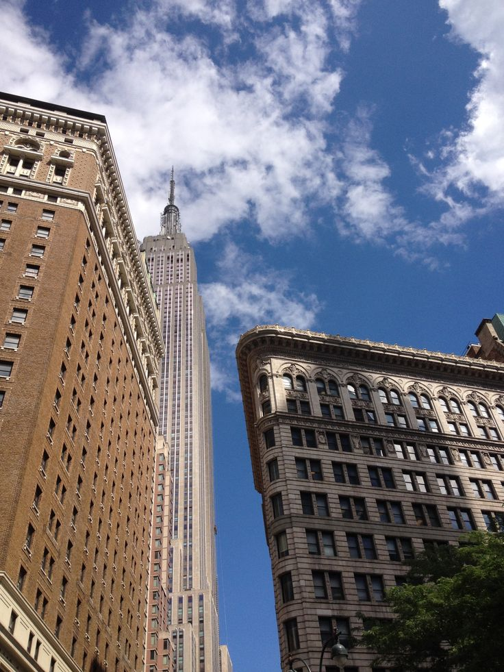 Empire State Building & Radisson Martinique Hotel - New York