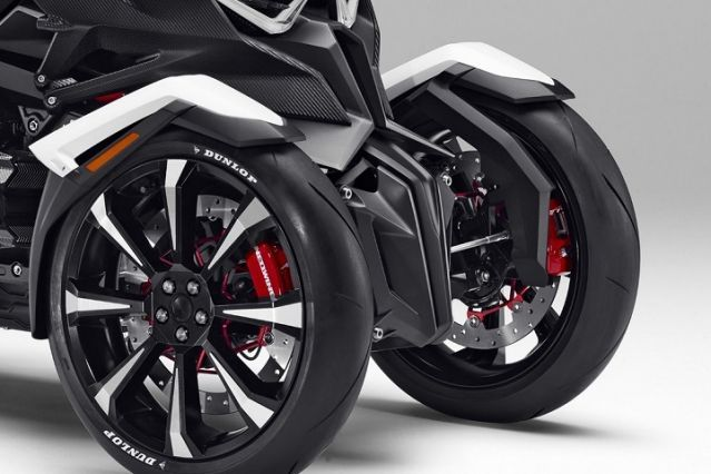 Honda Prepare Un 3 Roues Le Neowing Avec Un 6 Cylindres Moto Station