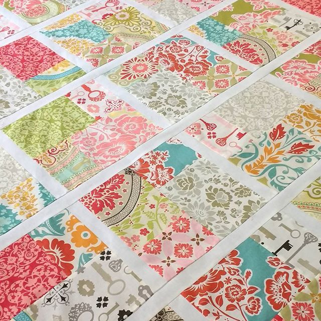 Sewing this quilt with lots of love today for a dear friend ❤️❤️❤️#doubleslicelayercakequilt #msqcshowandtell #missouriquiltco #secretgardenfabric #michaelmillerfabrics #posypincushion #lapquilt