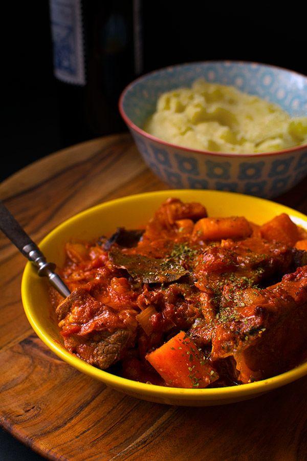 Szponder wołowy pieczony - fantastyczny kawałek wołowiny, o wiele tańszy niż antrykot czy polędwica. | homemaker.pl @Homemapler.pl
