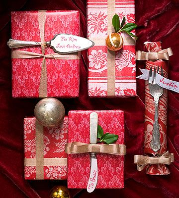 Dining-Inspired Gift Wrap