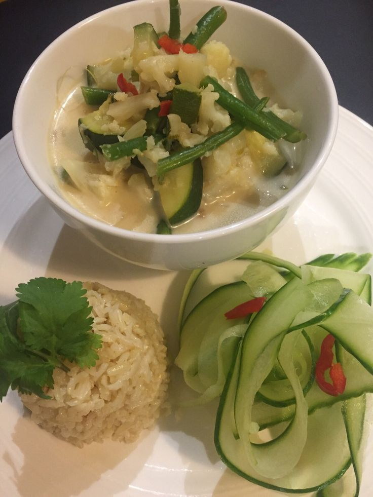 Fiona's Tantalizing Thai Coconut Curry   A powerful cold season dish   serves 4-6   Ingredients: 1 cauliflower head, broken into florets 2 cups of green beans 2 cups of frozen peas 1 pint Vegetable Stock 1 tsp finely grated ginger 1 small bunch coriander roots (keep the leaves for garnish) a handful of torn …