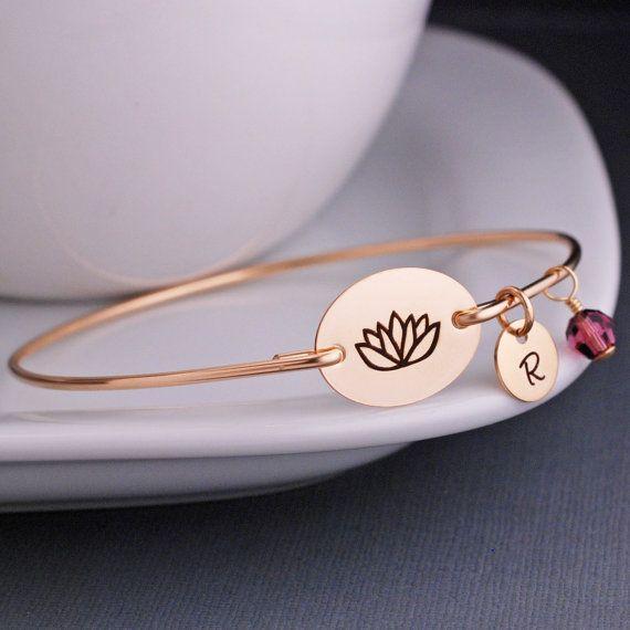 Lotus Blume Schmuck Yoga-Armband personalisiert von georgiedesigns