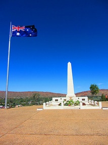 """Anzac Hill war memorial, Alice Springs, NT, Australia.  """"Lest We Forget"""""""