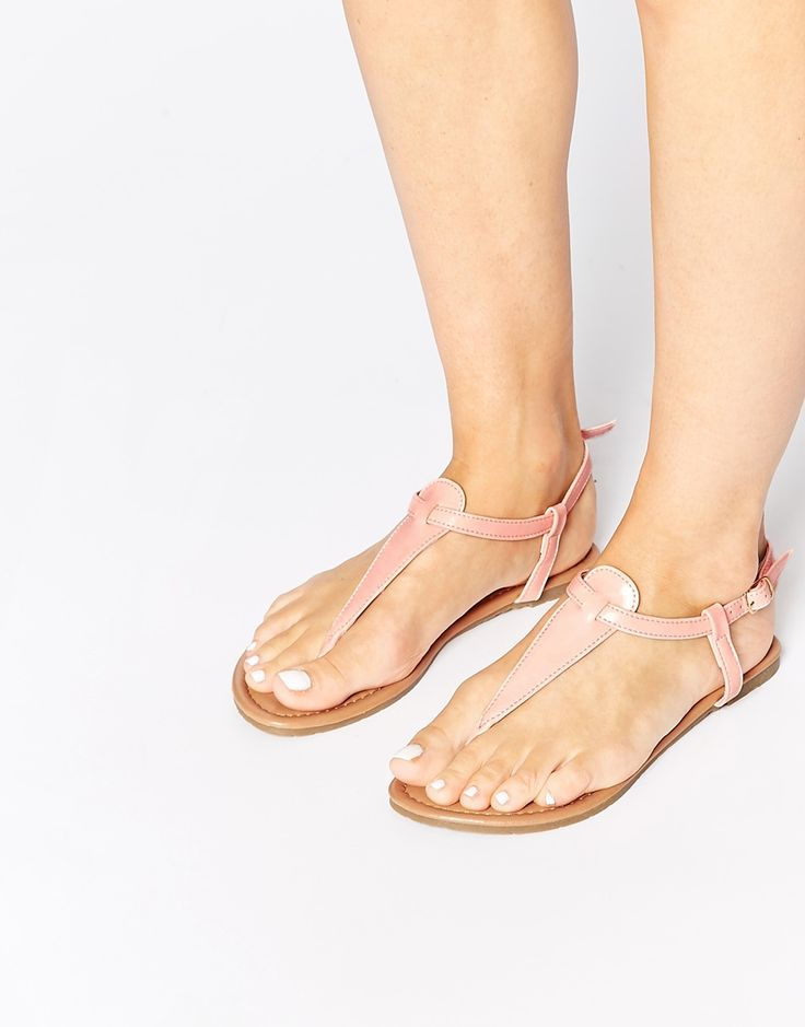Daisy+Street+Dusty+Pink+Toe+Post+Flat+Sandals