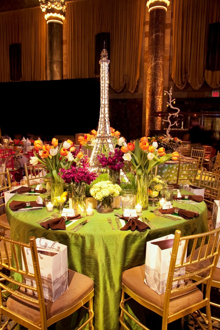 Outdoor Table Decorations Center Pieces