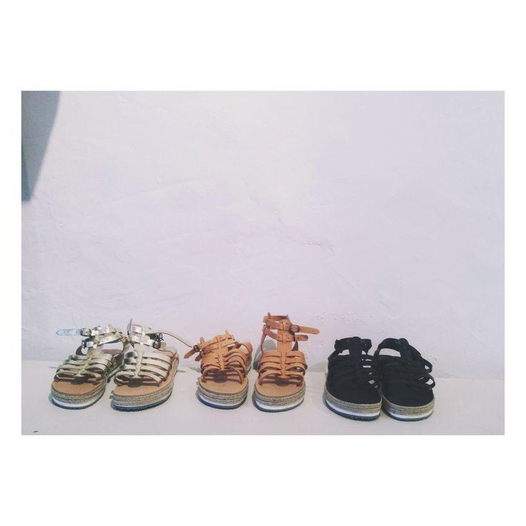 ESIOT sandals