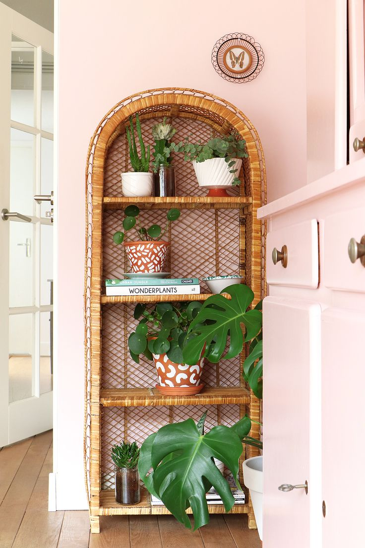 riet, rotan, bamboe, ibiza gevoel, rotan in huis, trend, botanisch, planten, botanisch, vintage, kamerplanten, trend, rotan, bamboe, riet, retro