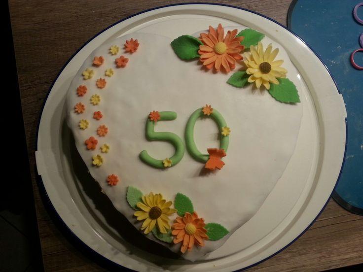 kuchen zum 50 geburtstag torten kuchen fondant pinterest zum 50 geburtstag 50er. Black Bedroom Furniture Sets. Home Design Ideas