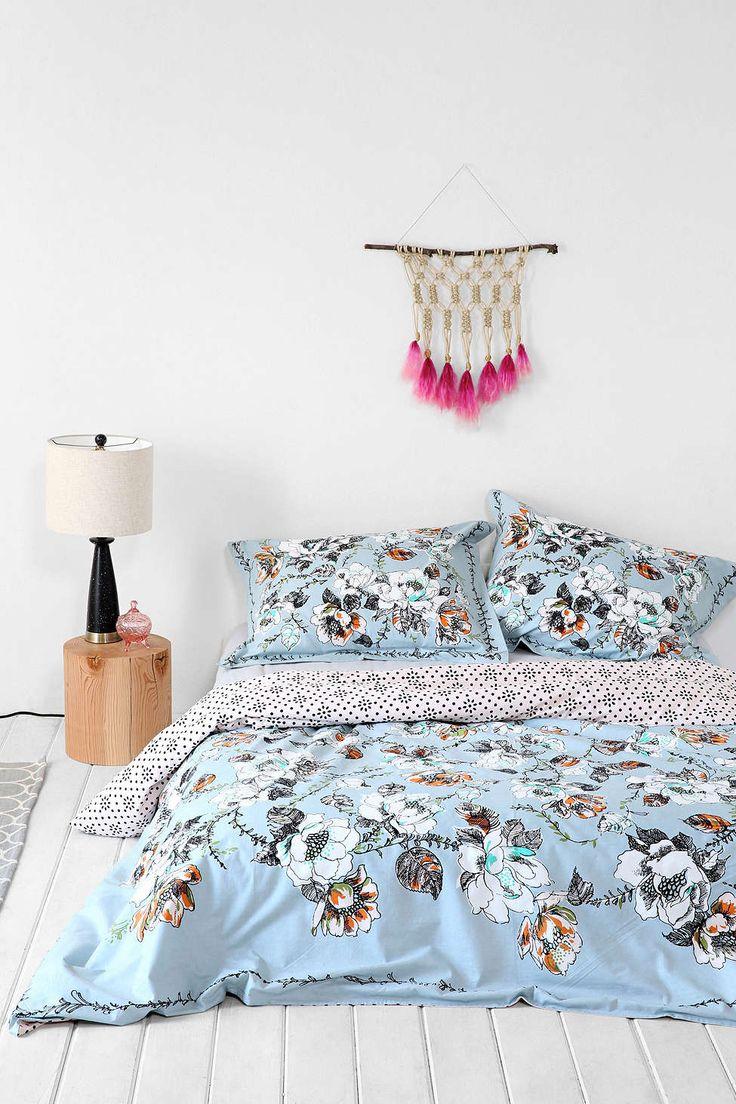 25 Best Ideas About Floral Comforter On Pinterest Girl Bedding Black Bedding Sets And Rose