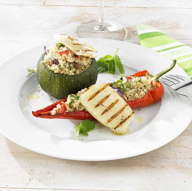 Gevulde groenten met quinoa en gegrilde halloumi