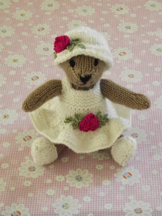 1000+ images about Knitted Teddy Bears on Pinterest Toys ...