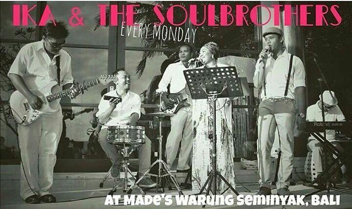 Tonight @Madeswarung Seminyak. Ika & The Soul Brothers Band bringing Hip hop funk 70's to 90's songs in to the dance floor.  #food #bali #holiday #balilivestage #traveling #wanderlust #globetrotter #travel #travelblogger #flatlays #flatlay #flatlayoftheday #lunch #yummy #acolorstory #foodlover #tumblr #foodforfoodie #style #foodie #foodblogger #madeswarung #samsunglife #like4like #likeforlike #l4l #thebalibible #tagforlikes #followforfollow