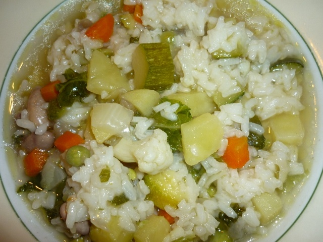 Soup with rice and vegetables/Minestra di riso e verdure
