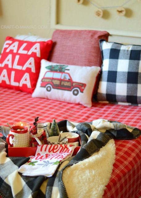 Cozy Plaid Christmas Bedding - Craft-O-Maniac