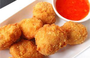Kipnuggets met sweet chili saus - MissAiesj