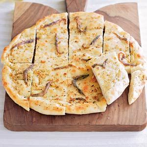 brood met knoflook en ansjovis