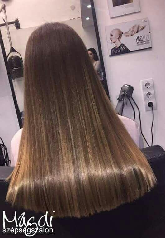 Egy ilyen csillogó hajjal búcsuztatni az évet, ls kezdeni az újat...igencsak jó érzés 😃  www.magdiszepsegszalon.hu  #hair #hajszín #haj #haircolor #hajfestés #hairdresser #fodrász #beautysalon #szépségszalon