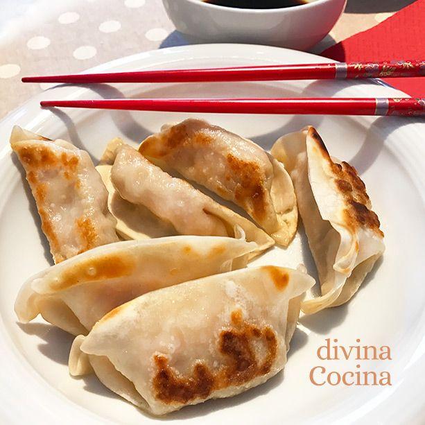 Este plato es un clásico de la cocina española que se personaliza según el lugar en el que se prepare. Una variante andaluza de la coliflor al ajoarriero es la coliflor esparragada (ver receta aquí).