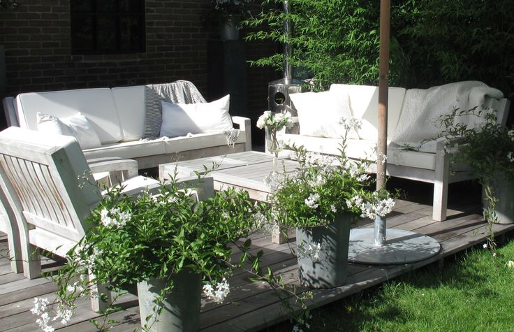 Summer and winter, always a great view with the beautiful teak lounge from Annapart.com