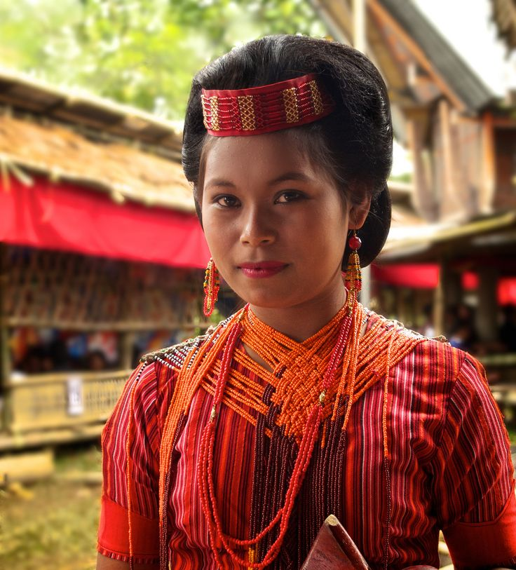 Toraja girl in traditional dress- North Toraja, Sulawesi, Indonesia