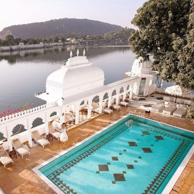 Taj Lake Palace Detailed Review with Pictures Lake